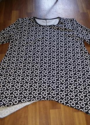Блуза туника лонгслив ассиметрия длинный рукав черно-белый принт ella style батал