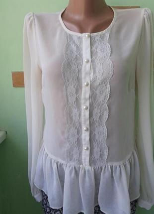 Брендовая нарядная блуза