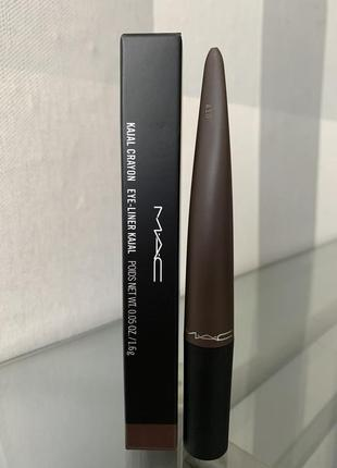 Устойчивый карандаш для глаз mac kajal crayon