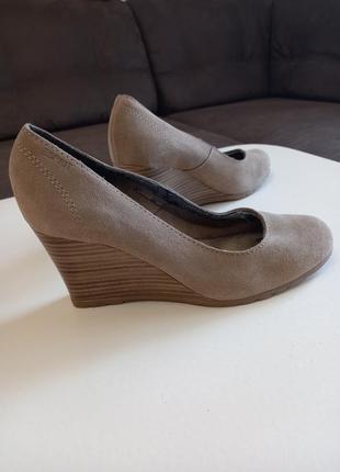 Фирменные женские туфли esprit