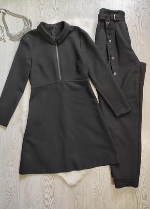 Черное короткое платье с воротником молнией на вырезе длинный рукав стрейч вискоза