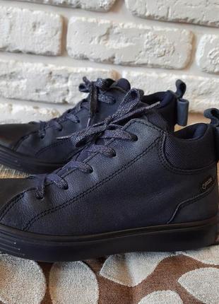 Кожаные ботинки деми ecco (ориг) размер 35 (ст. 23 см). мембрана гортекс.