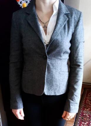 Тепленький пиджак