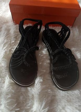 Крутые трендовые вязаные сандали , босоножки на лето вязаные ,сандали на шнуровке