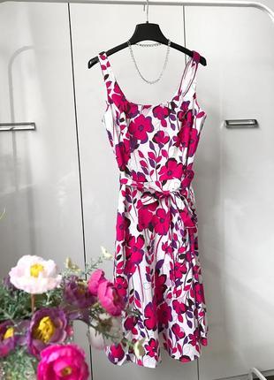 Хлопковое новое платье с цветочным принтом