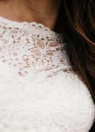 Чудове весільне плаття, з дорогого гіпюру