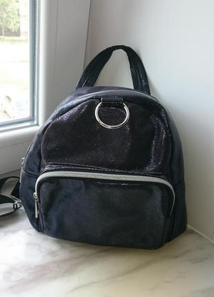 Рюкзак для девочки маленький