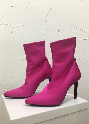 Сапоги чулки ботинки