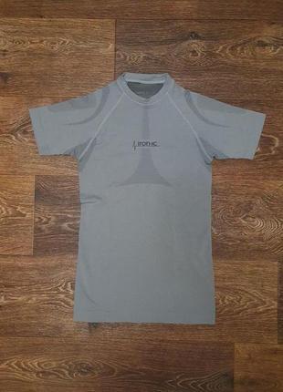 Классная спортивная зональная футболка iron-ic