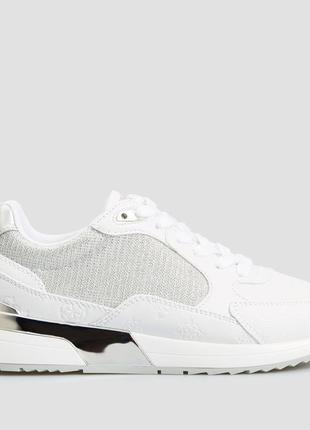 Белые кроссовки guess moxea 39 размера, 26 см