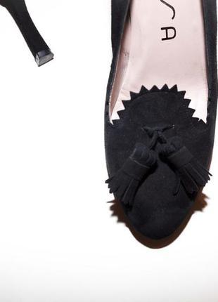 Роскошные замшевые туфли