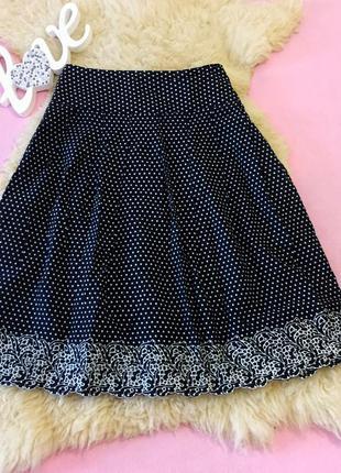 Стильная юбка в горошек
