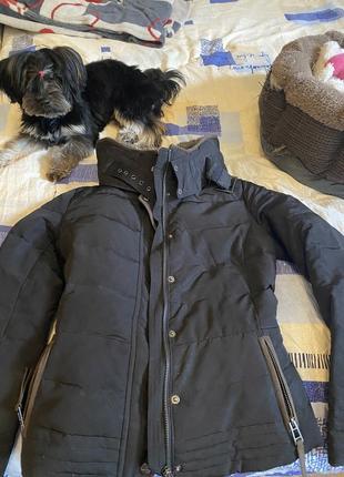 Куртка черная colins