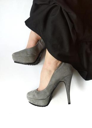 💣💥 sale💥роскошные серые туфли от dorothy size 6