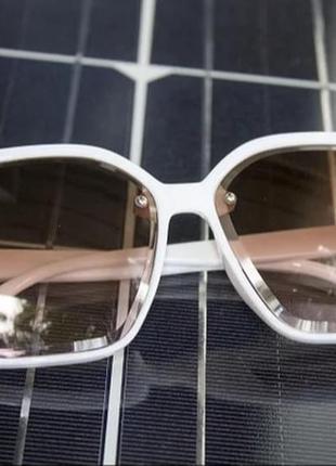 Стильні жіночі сонцезахисні окуляри білі модель 2021