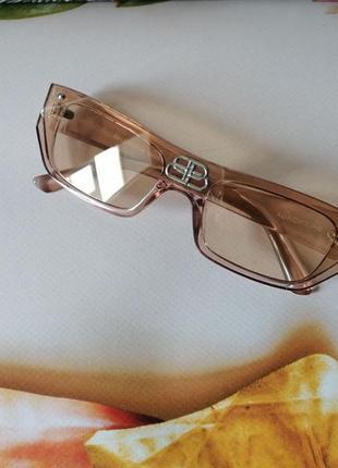 Эксклюзивные прозрачно бежевые нюдовые очки унисекс