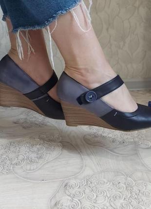 Туфли на танкетке в стиле «мэри джейн» р-39, стелька 25 см  pia corsini