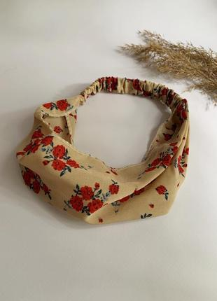 Шифонова повязка на волосся, бандана на голову бежева з квітами, летняя повязка