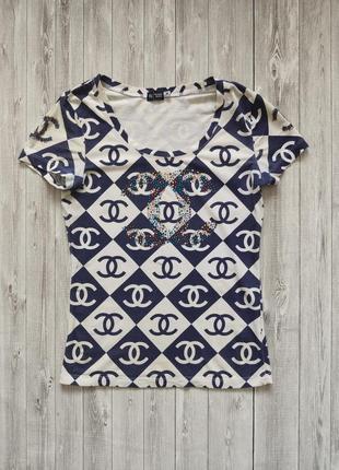 Женская бело-синяя футболка размер м