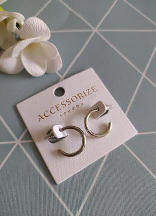 Сережки кільця, серьги гвоздики, серьги кольца от accessorize с сайта asos