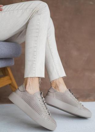 Шикарные кроссовки кеды натуральная кожа перфорация новинка