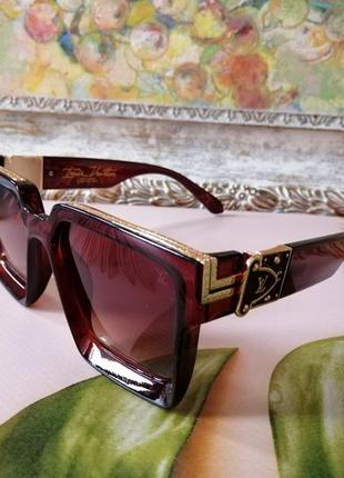 Эксклюзивные коричневые с декором брендовые солнцезащитные очки унисекс millionaire