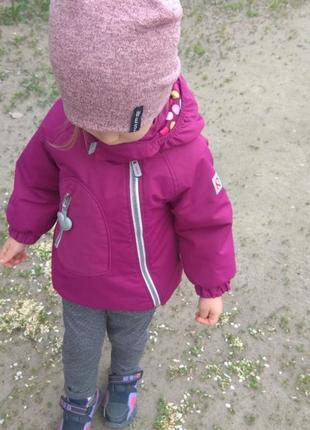 Детская курточка на 3-4 года