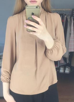 Бежевая песочная блуза
