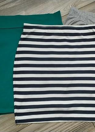 Удобная трикотажная юбка в морском стиле,в полоску