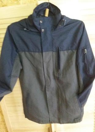 Куртка,ветровка)!