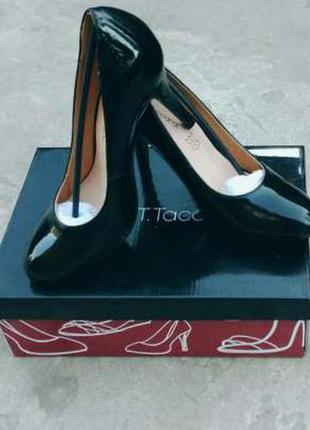 Туфли т.taccardi 39 размер, подойдут на 38 24,5 см