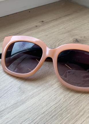 Милые солнцезащитные очки