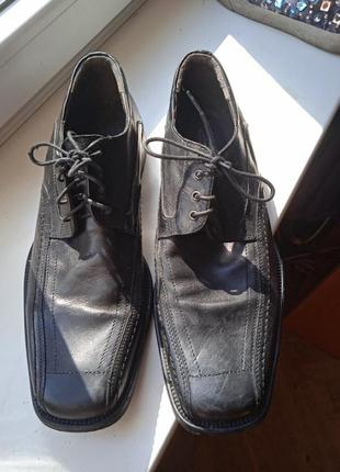 Стильные итальянские ботинки