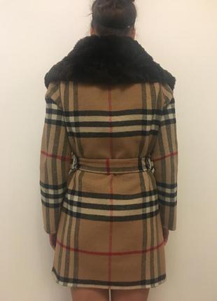 Шерстяное пальтишко с мехом