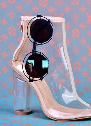 Стильные женские металлические декоративные очки для лета