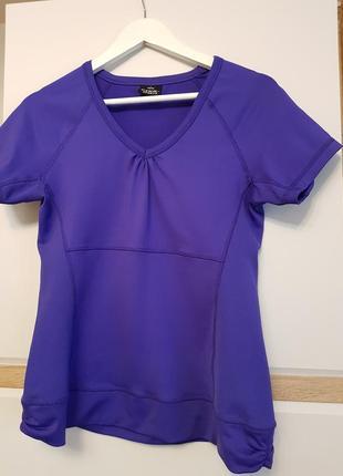 Спортивна жіноча фіолетова футболка