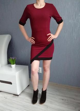 Фактурное платье цвет марсала s