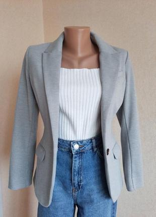 Жакет h&m серый пиджак прилегающий трикотажный приталенный