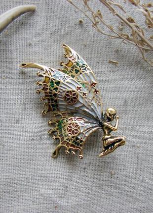 Элегантная брошь в виде бабочки феи  брошка ар-деко. цвет античное золото