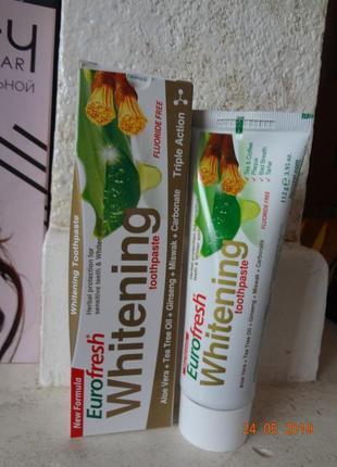 Зубная паста отбеливающая с мисваком eurofresh whitening toothpaste фармаси farmasi