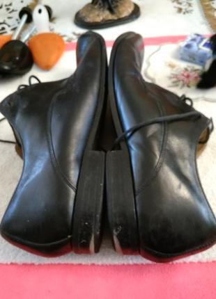 Туфлі шкіряні.5 фото