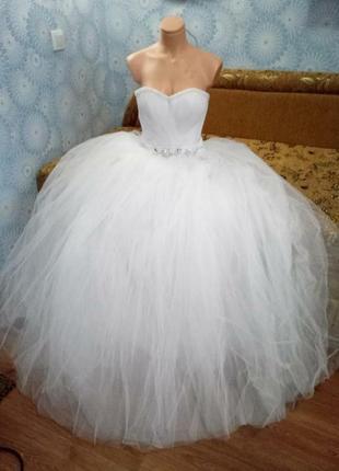 Свадебное новое платье 44 размер