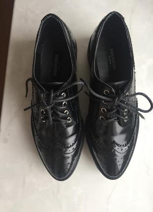 Стильные туфли dockers