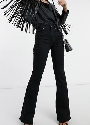 Очень качественные чёрные джинсы клёш на высокой посадке river island