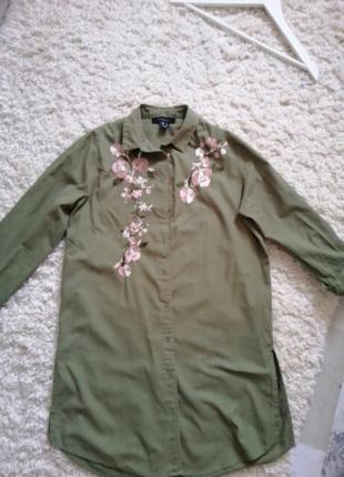Удлиненная рубашка с вышивкой
