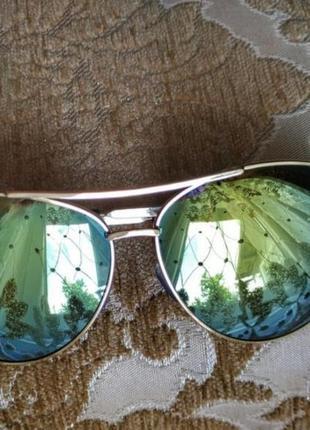 Очки солнцезащитные зеркальные (обмен)