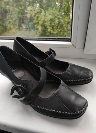 Туфлі жіночі шкіра мегазручні