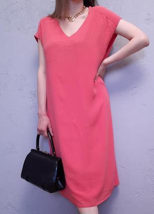 Платье-футляр из натурального шёлка от paul costelloе