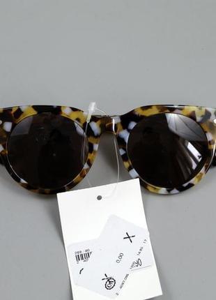 Стильні жіночі сонцезахисні окуляри бренду c&a1 фото