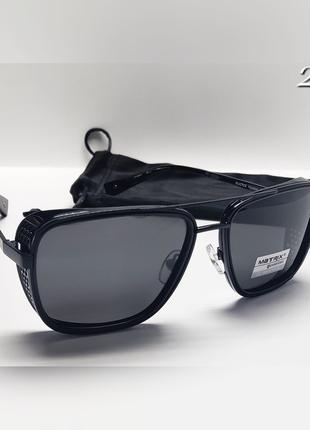 Стильні окуляри чорні поляризаційні